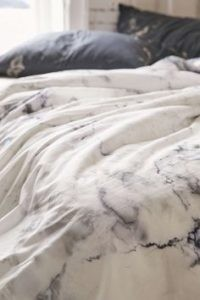 grey-marble-bed-200x300